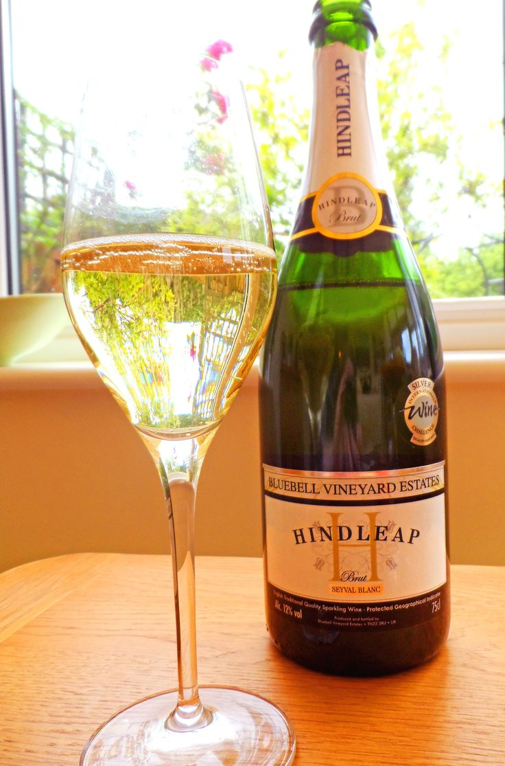 Bluebell Seyval Blanc and the Authentis champagne glass (glassware recommended by Dom Perignon).
