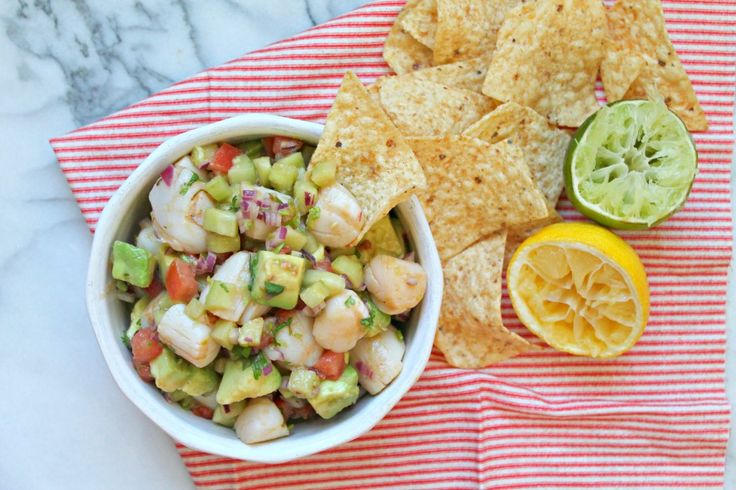 Recreate an authentic Mexican shrimp ceviche recipe by using one of New England's favorite seafood, the bay scallops! Recipe from TheLemonBowl.com.