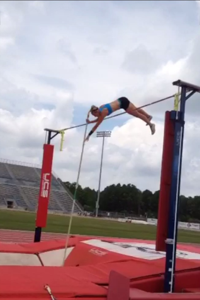 how to build a pole vault box