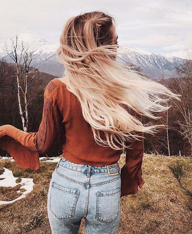 Tutorial by @mezenova is one big ❤ Хотите теплые, уютные фото с винтажным эффектом? Тогда вам нужна обработка от Кати @mezenova! Один из наших самых популярных продуктов  Все обработки написаны лично блогерами, так что ловите позитив и хорошее настроение от Кати в каждом гиде