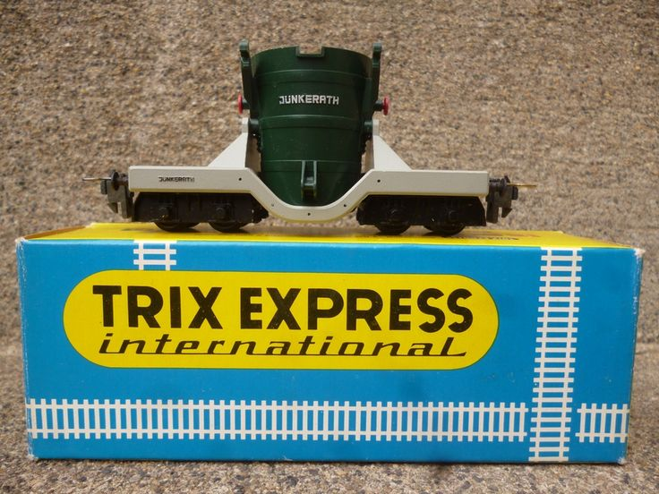 TRIX  EXPRESS 3671 Wagon poche JÜNKERATH pour acierie via ANTIQUE MARCBEA. Click on the image to see more!