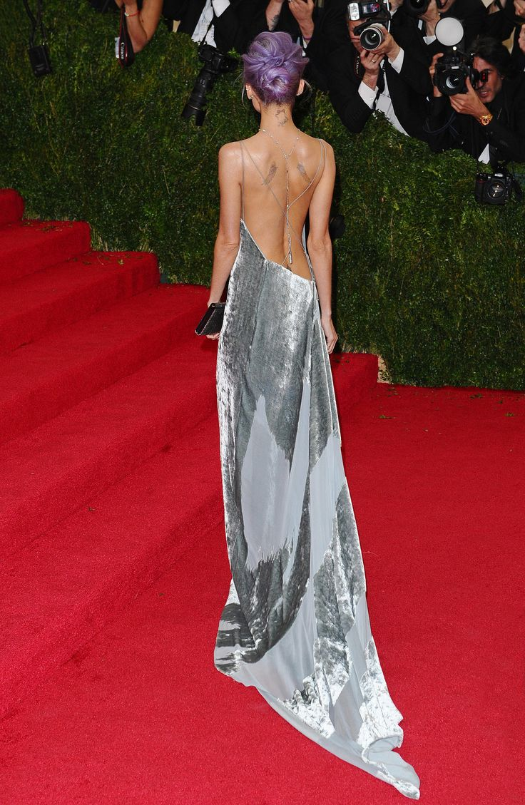 The back of Nicole Richie's custom Donna Karan Atelier gown.