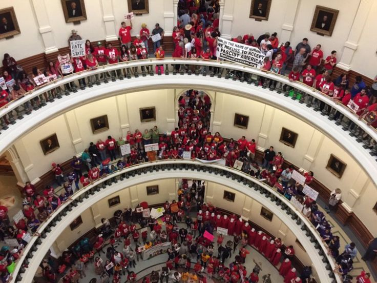 Texas legislature descends into chaos after GOP lawmaker sics immigration officers on protesters
