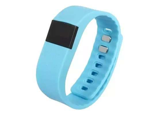 LivingSocial Shop: Bluetooth Fitness Tracker Black - 3 Colors