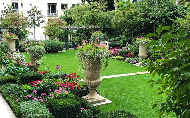 Inspiring Garden Design: Ideas to Borrrow from a Parisian Garden