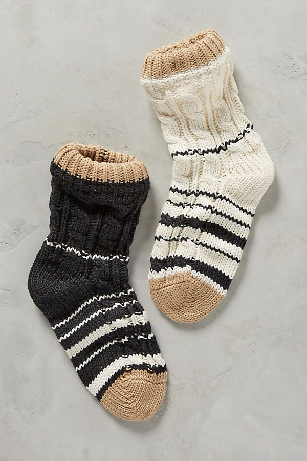 Slide View: 1: Cabled Stripe Socks