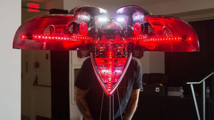 A Stunning Combination of #Art and Tech in a 3D-Printed Raven Head Helmet | 3D Printing