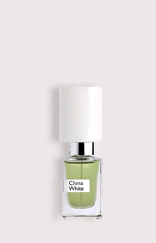 NASOMATTO - CHINA WHITE. MEN!!! Was presented in 2008 as a floral-woody fragrance for women, composed of powdery notes of fresh flowers and woody accords. The perfume is available in a bottle with a shiny white cap in amount 30 ml perfume extract. Perfumer is Alessandro Gualtieri.