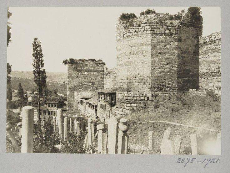 Eski İstanbul Fotoğrafları Arşivi — Eğrikapı / 1921