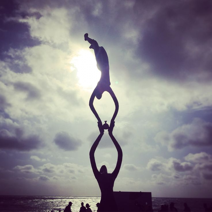 Sculptures by the Sea exhibition! Cottlesloe, Perth WA