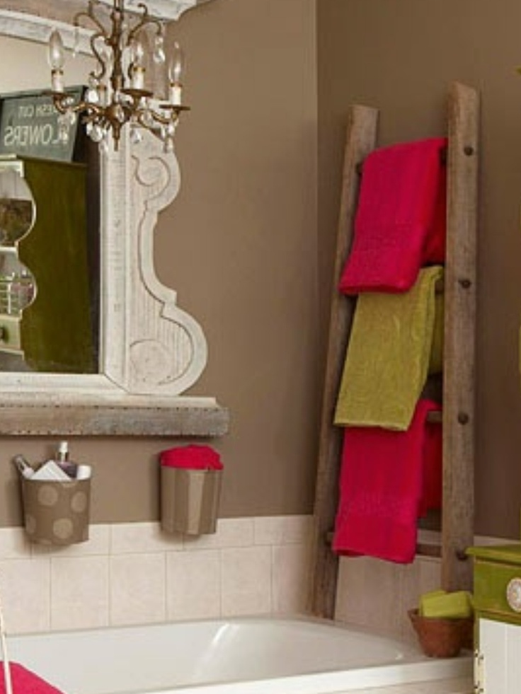Wooden ladder used as a towel rack maybe this one i for Bathroom towel designs