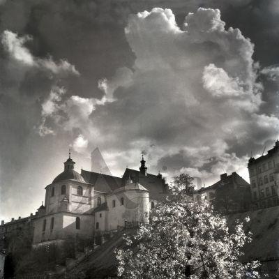 #Kościół i #klasztor dominikanów w latach 50. XX w. fot. E. Hartwig #dominikanie #lublin #bw