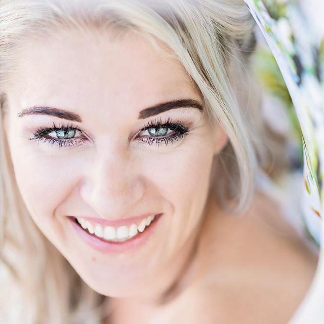 #dress @silverswallowdesign   #makeup @ronicabarnard  #DavishPhotography #SophisticatedSimplicity #SouthAfrica #lifestylephotographer #weddingphotographer #portraitphotographer #lifestyle  #naturallightphotographer #naturallight #chasinglight #iamnikon #weddingfriends #prettyweddings #prettysessions #weddings #saweddings #weddingblog  #bridalinspiration #bride #weddinginspiration #bouquet #theknot #ThePrettyBlog