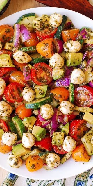 Avocado Salad with Tomatoes, Mozzarella, Basil Pes…