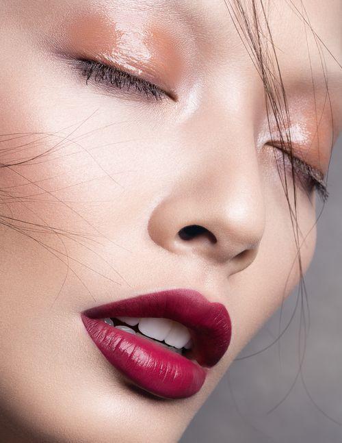 Asian Woman Glossy Title 118