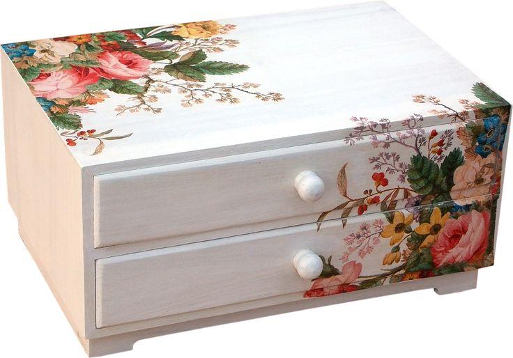 Cajonera de madera decorada en decoupage http www - Cajas de madera decoradas ...