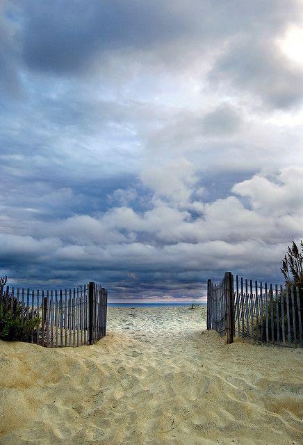 Kitty Hawk, North Carolina, outer banks, beach access