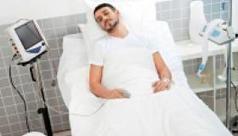 Lange wachtlijsten in slaapklinieken De slaapklinieken in ons land worden overspoeld met mensen die slecht slapen. Het slaapcentrum van het Universitair Ziekenhuis Antwerpen, het grootste van het land, heeft tegenwoordig al zestien bedden. Dat is vier keer meer dan bij de start.