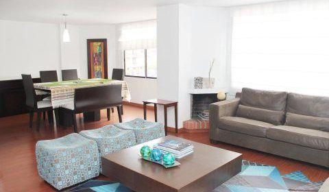 Colombia, Bogota, Santa Paula. Maravilloso apartamento el Barrio Santa Paula, cuenta con 147mtrs con amplios espacios muy familiar.  http://www.colombiaexclusive.com/inmobiliaria/larenta.php?idrenta=441