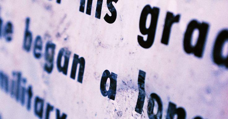 Oraciones con sustantivos comunes y propios. Durante los primeros años de escuela, los niños aprenden cómo formar oraciones. Enseña a tus estudiantes cómo distinguir entre oraciones nominales comunes y propias. Una oración en su forma básica es llamada simple, lo que significa que tiene una cláusula. Las oraciones contienen un verbo y sustantivo. Cada día los niños tienen conversaciones ...
