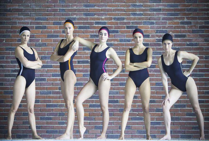 Swimwear : Girl Gang  Photo par Pierre-Anthony Allard