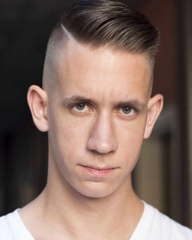 Variations of the Men's Undercut Haircut: The Aggressive Undercut Haircut