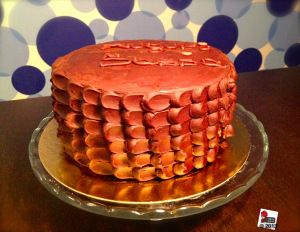 """Luxury """"Chocolate an salted caramel cake"""" on foodblog mycakeisluka. Have a look for more pics, tips and special recipe."""
