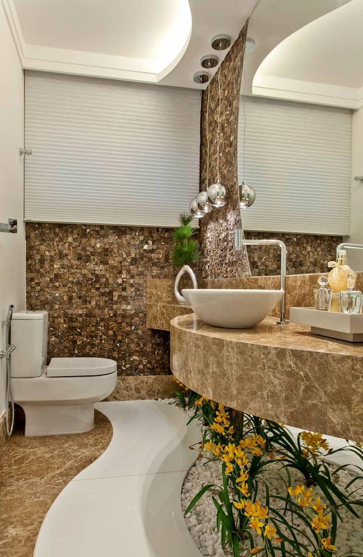 Casa Orquídea: Banheiros modernos por Arquiteto Aquiles Nícolas Kílaris