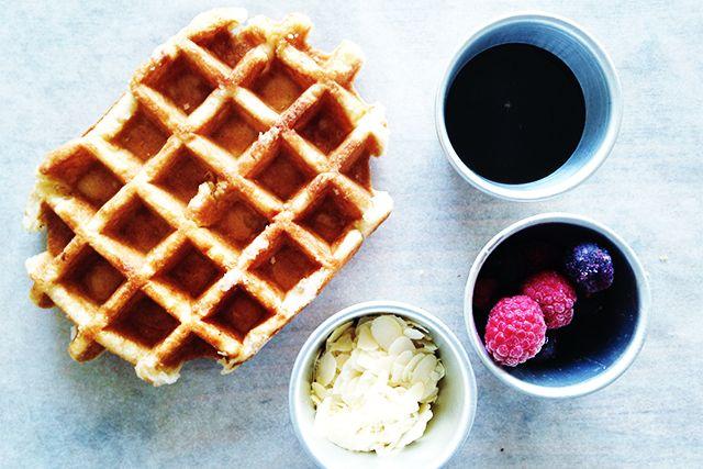 mmmm… Heerlijk beslag om wafels en gezonde pannenkoeken mee te bakken. Gezonde wafels recept voor elke dag. Glutenvrij, suikervrij recept. Yummy!