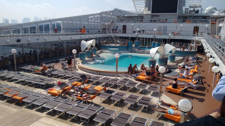 The open deck pool