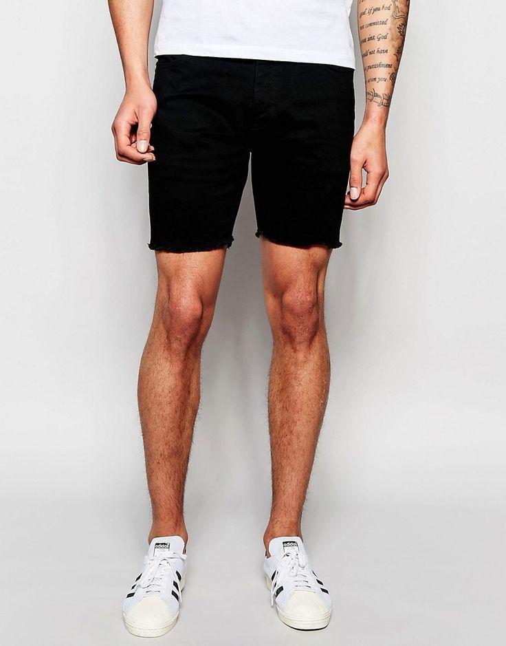 Wat vinden jullie van deze shorts mannen? Ze zijn nu in de uitverkoop! #mannen #heren #mode #korte #broek #zwart #mensfashion #shorts #black #sale