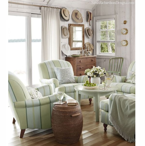 Cottage Living Rooms: Good Ideas For Small Spaces