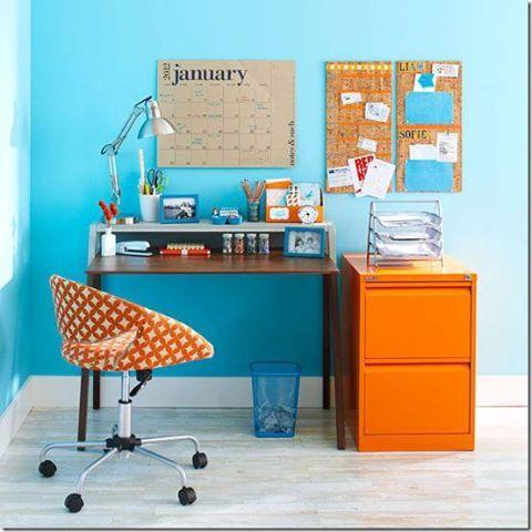 CONSEJOS siempre vigentes para el ESPACIO DE TRABAJO.  http://fengshuimontsemilian.blogspot.com.es/2010/11/tip-del-dia-si-treballes-casa.html