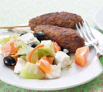 Griekse meloensalade en gehaktspiesjes - Recept - Jumbo Supermarkten
