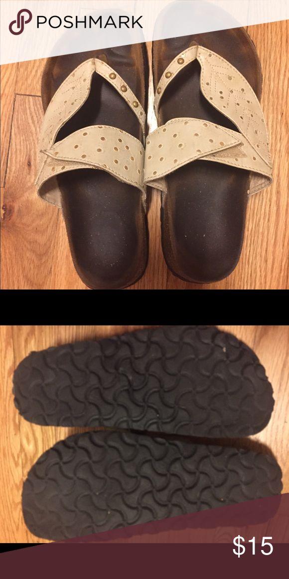 Birkenstock flip flops Betula by Birkenstock sandals, 7.5, cute leaf design, cream color, Velcro tightening Birkenstock Shoes Sandals
