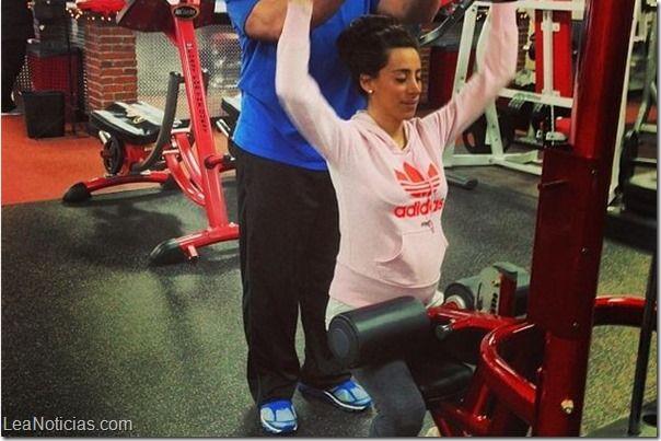 "Kevin Jonas ve a su esposa embarazada ""súper sexy"" - http://www.leanoticias.com/2014/01/16/kevin-jonas-ve-su-esposa-embarazada-super-sexy/"