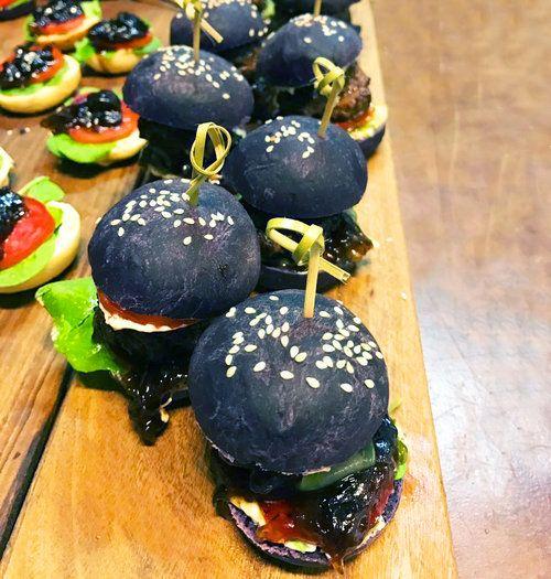 black burger buns.jpg