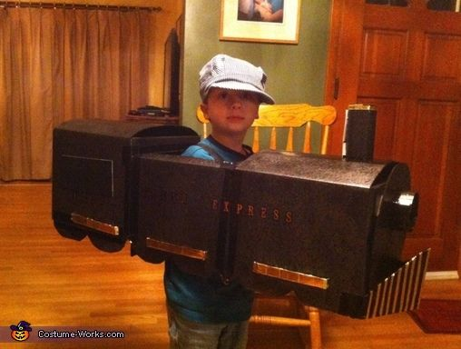 Elizabeth: My son, Samuel, is a beautiful 6 year old boy with Autism who has an undying relationship with trains! The Polar Express is his favorite movie, favorite toy, favorite soundtrack...