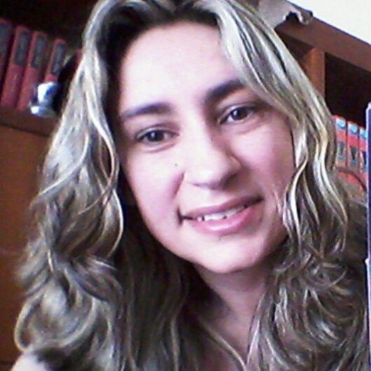 Sorrindo...