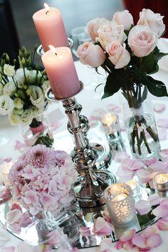 Hochzeits-Tischdeko ähnliche Projekte und Ideen wie im Bild vorgestellt findest…