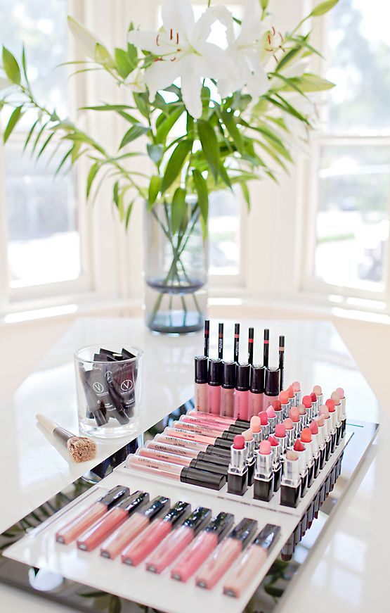 We are so in love with Curtis Collection mineral makeup. Included in the lipstick collection are super moisturising lip velvet, lip gloss & lip mouse. Available online at www.misseyelash.com.au #curtiscollection #mineralmakeup #misseyelash