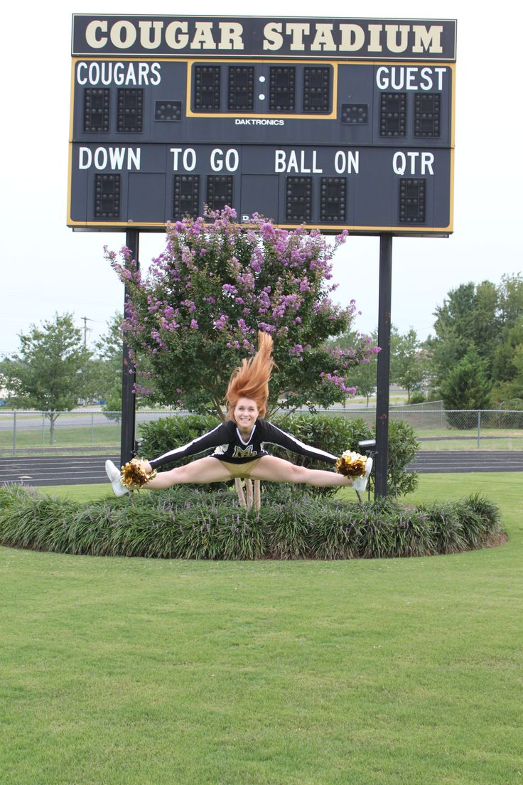 Cheer senior  pictures #2014 #ToeTouch