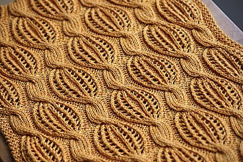 Love this stitch!! Golden Dreams scarf by Katya Wilsher {pattern for purchase}.