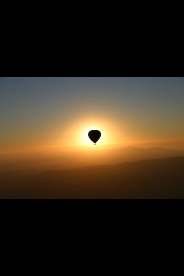 Capadocia. Sunrise in a balloon... It's amazing !!!