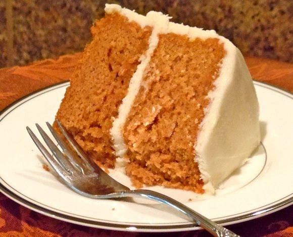 Ароматный тыквенный пирог в мультиварке с творожно-масленной глазурью и гречишным медом