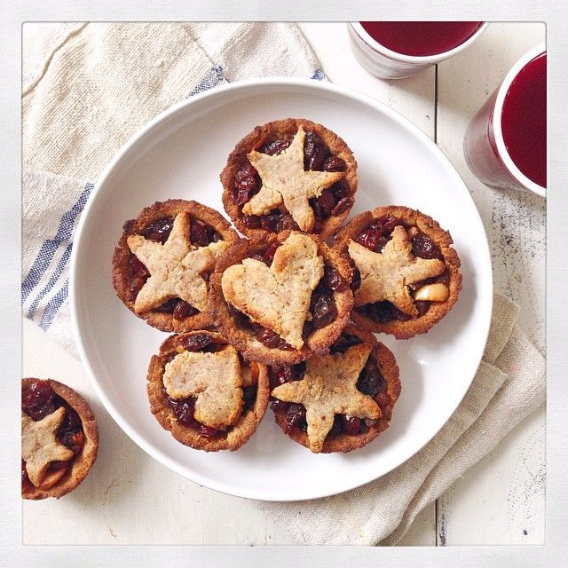 Mince Pies | Deliciously Ella