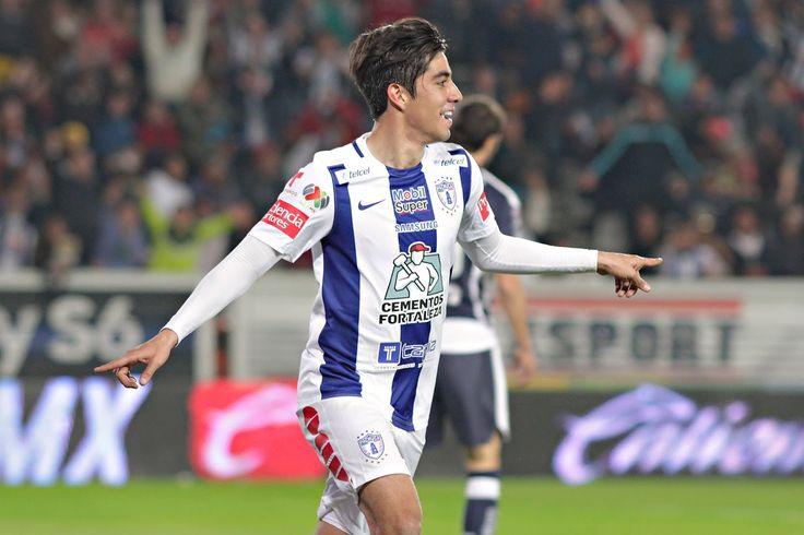 RODOLFO PIZARRO SERÍA YA REFUERZO DE CHIVAS Rodolfo Pizarro se convertirá en el primer refuerzo de Chivas para el Torneo Clausura 2017.