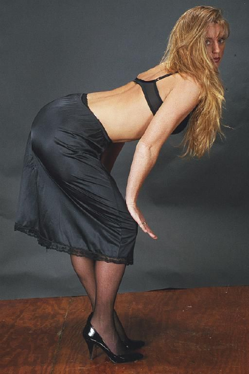 foto de 70 best lovely hot black half slips images on Pinterest Shirts Nightgowns and Thighs