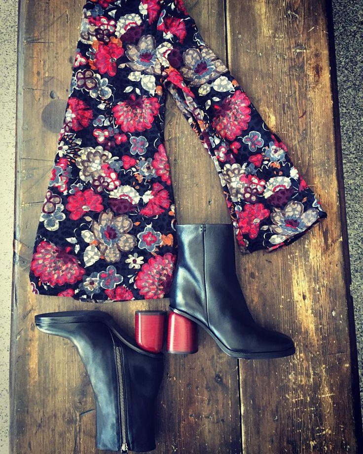 #picoftheday #flowers #blackandred #velvetshirt #2425clothing #alori1961 #shoes #halmanera #italianbrands #madeinitaly #topquality #eleganceisanattitude #instagood #instashop #shoppingonline #shippingworldwide #http://ift.tt/2yw7UJU #berlin #moscow #london #paris #amsterdam #milan #aloriit #instamood #instalike #