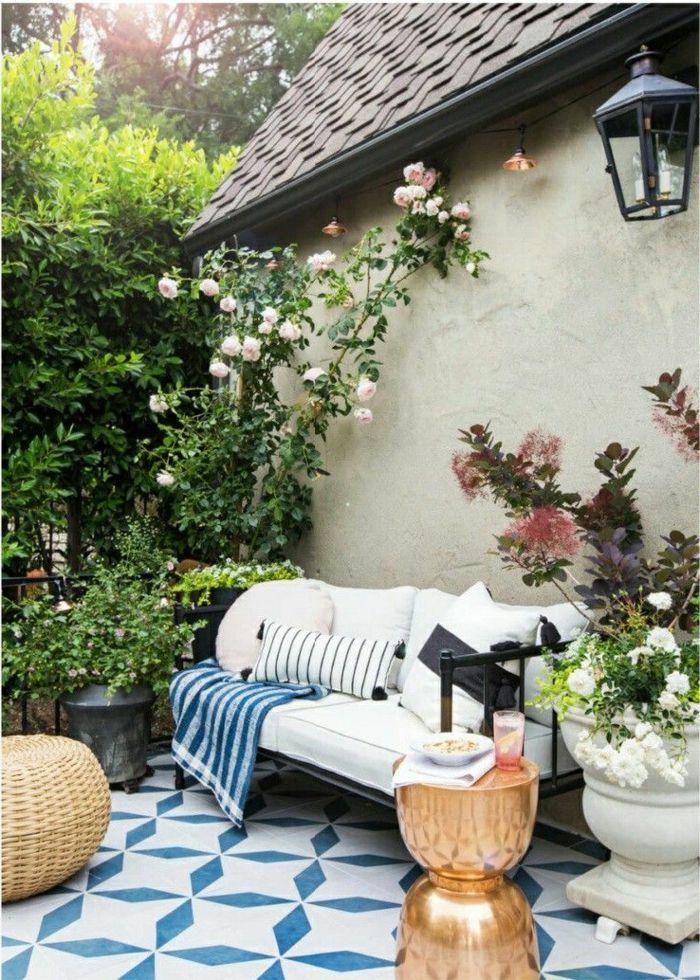 1001 ideas sobre c mo decorar un jard n peque o for Jardines mediterraneos pequenos